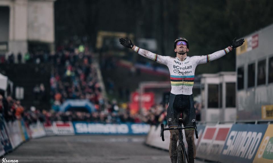 Wout Van Aert wint opnieuw!